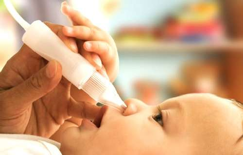 Как эффективно вылечить горло и насморк